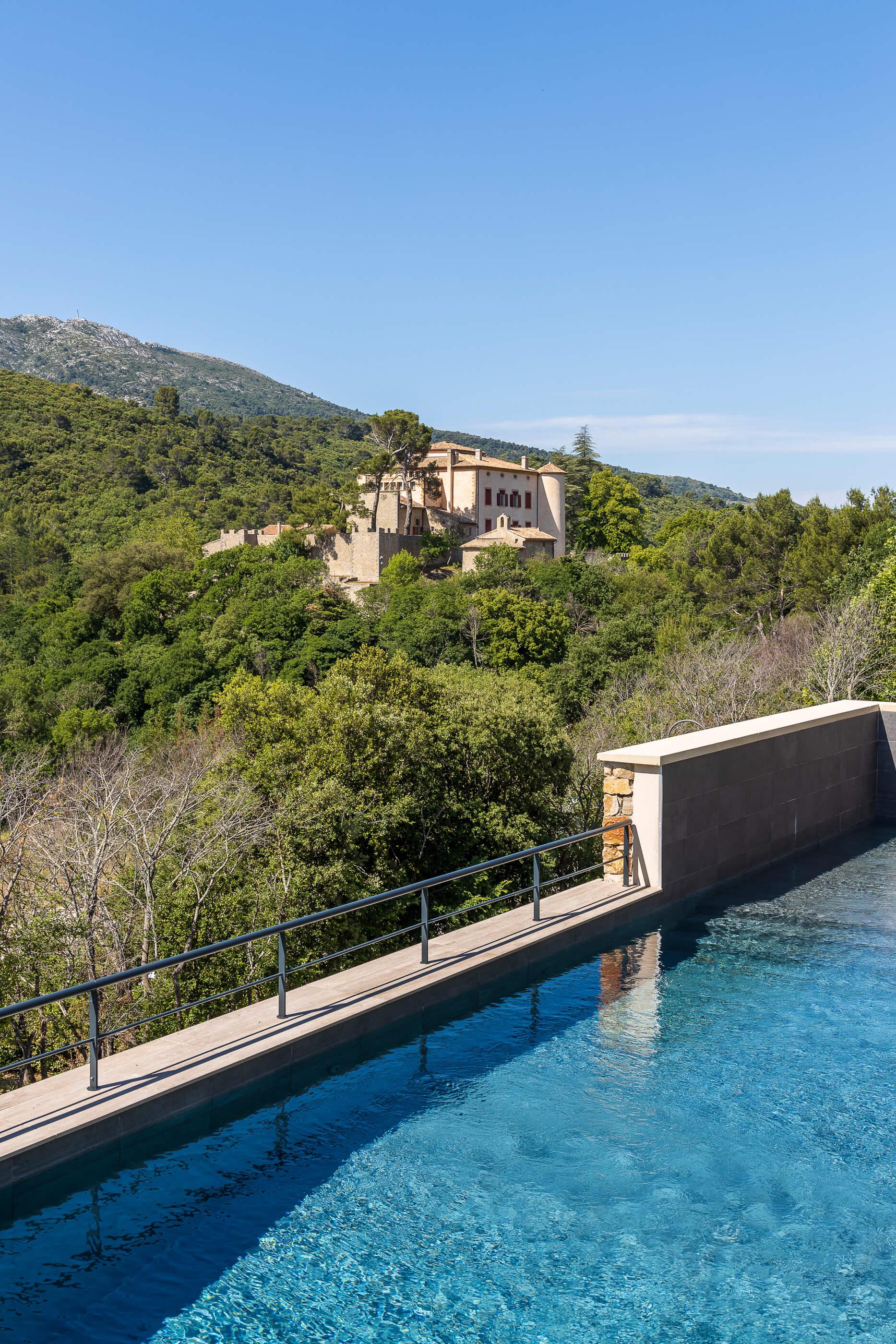 Accès l'Hôtel Sainte Victoire située à Vauvenargues près d'Aix en Provence